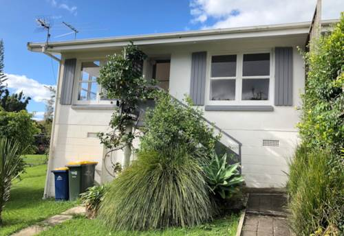 Devonport, Sunny and Warm with Views, Property ID: 75000727 | Barfoot & Thompson