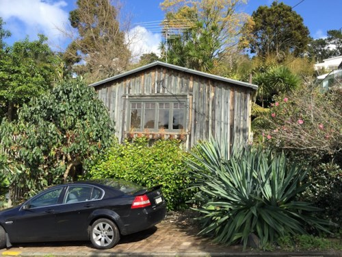 Birkenhead, Renovated Sugar Workers Cottage, Charm, privacy and views, Property ID: 75000754 | Barfoot & Thompson
