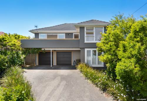 Beach Haven, Love a spectacular view?, Property ID: 75000784   Barfoot & Thompson