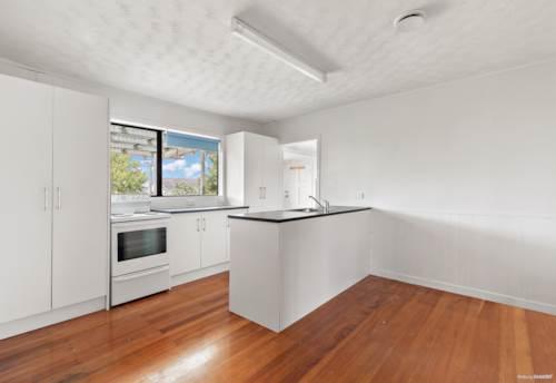 Birkenhead, Convenient location, Property ID: 75000785 | Barfoot & Thompson