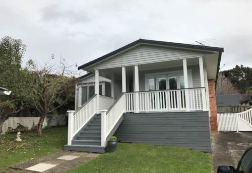 Titirangi, Modern Warm Home in Great Location, Property ID: 77000010 | Barfoot & Thompson