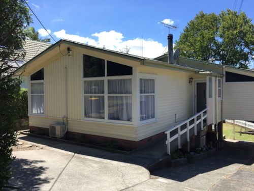 New Lynn, Newly Refurbished Family Home in a GREAT location!, Property ID: 77000104 | Barfoot & Thompson