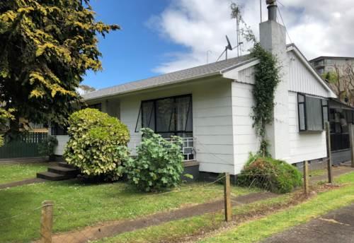 Royal Oak, Call now, Property ID: 83000502   Barfoot & Thompson