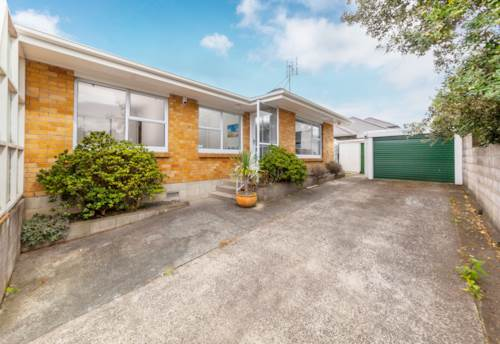Onehunga, Don't miss out, Property ID: 83000526   Barfoot & Thompson
