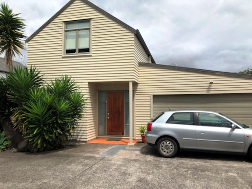Avondale, Call now, Property ID: 83000561 | Barfoot & Thompson