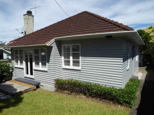 Pt Chevalier, Pt Chevalier - Clean, Tidy, Sunny, Handy - View now. , Property ID: 83000562 | Barfoot & Thompson