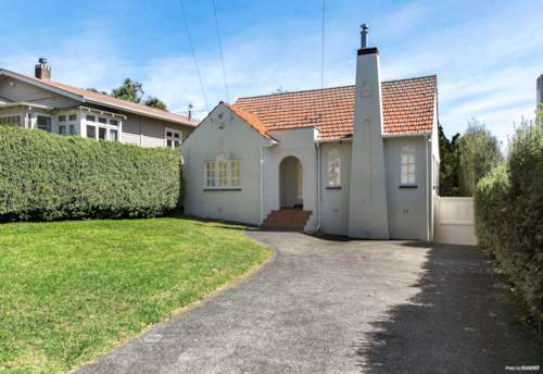 Mt Eden, Call now, Property ID: 83000569 | Barfoot & Thompson