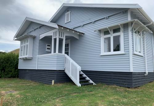 Mangere Bridge, Call now, Property ID: 83000589 | Barfoot & Thompson