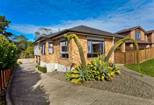 Greenhithe, 5 Bedroom Family Home, Property ID: 84000024 | Barfoot & Thompson