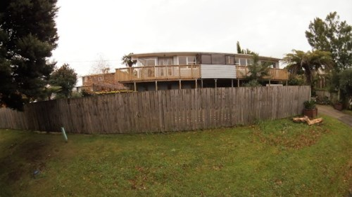 Greenhithe, 5 Bedrooms in Greenhithe!, Property ID: 84000078 | Barfoot & Thompson