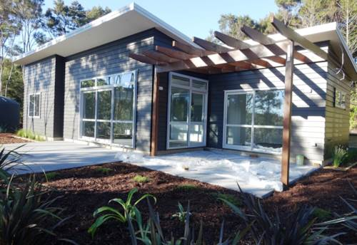 Greenhithe, Brand New Retreat in Greenhithe!, Property ID: 84001182 | Barfoot & Thompson