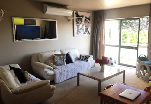 Sunnynook, Apartment in perfect Location!, Property ID: 84001197 | Barfoot & Thompson