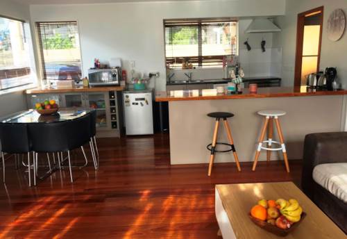 Totara Vale, Perfect for family and entertainment , Property ID: 84001239 | Barfoot & Thompson