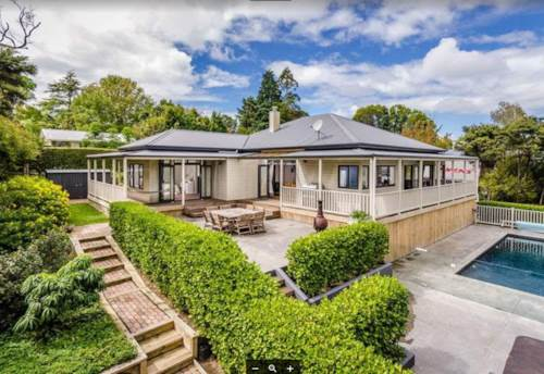 Greenhithe, Summer Oasis, Property ID: 84001252 | Barfoot & Thompson