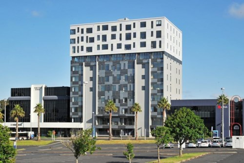 Manukau, Apartment with Views, Property ID: 85000743 | Barfoot & Thompson