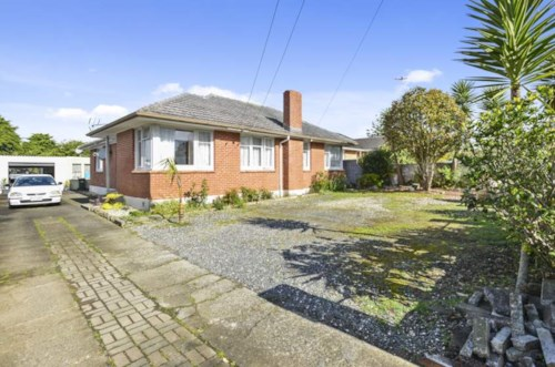 Otara, Come view this family home, Property ID: 85002102 | Barfoot & Thompson