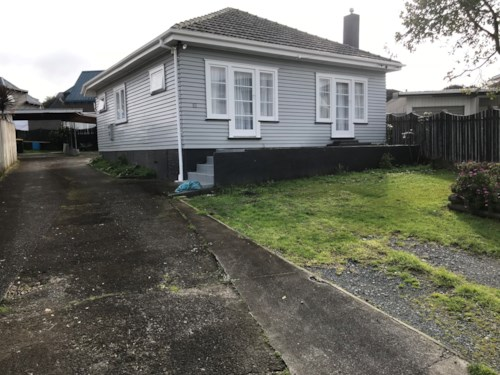 Papatoetoe, Comfortable 2 Bedroom house in Papatoetoe, Property ID: 85002138 | Barfoot & Thompson