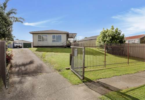 Mangere, 3 BEDROOM FENCED HOUSE IN MANGERE EAST, Property ID: 85002140 | Barfoot & Thompson
