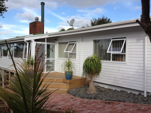 Manurewa, Christmas Rd Bonanza, Property ID: 85002142 | Barfoot & Thompson