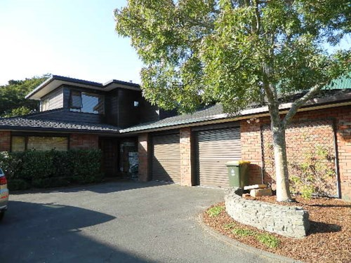 The Gardens, Family Home in The Gardens, Property ID: 85002158 | Barfoot & Thompson