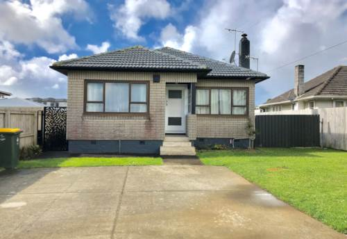 Manurewa, Handy Location, Property ID: 85002205 | Barfoot & Thompson