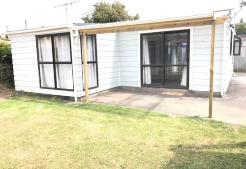 Mangere East,  Newly Refurbished Home - Mangere East, Property ID: 85002217 | Barfoot & Thompson