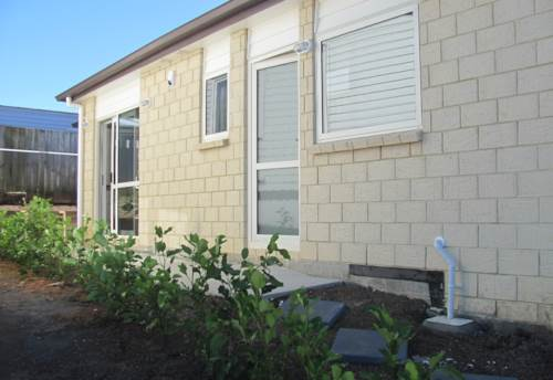 Manurewa, Looking for an almost new and warm home?, Property ID: 85002233 | Barfoot & Thompson