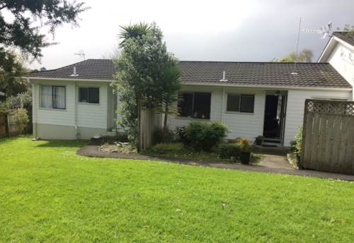 Sunnyvale, Privacy and Conveniance, Property ID: 87002220 | Barfoot & Thompson