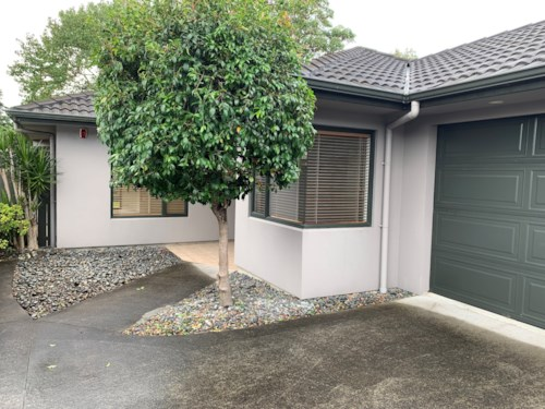 Mt Wellington, 3 Bedroom Family Home , Property ID: 92000021 | Barfoot & Thompson