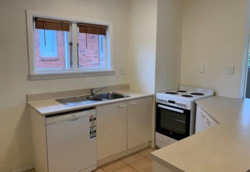 Ellerslie, Handy to Michaels Avenue Reserve, Property ID: 92000061 | Barfoot & Thompson