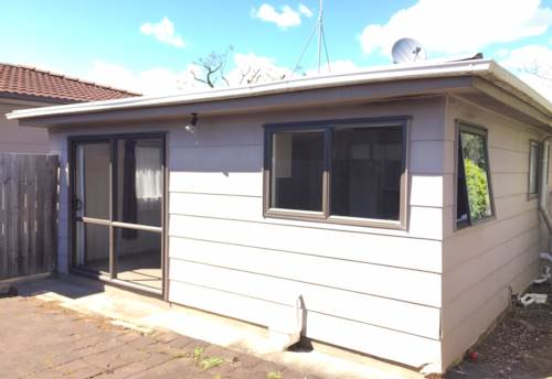 Sunnyhills, Tidy 2 bedroom stand alone unit in Sunnyhills , Property ID: 34001513 | Barfoot & Thompson