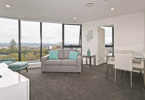 City Centre, 13th Floor - Stunning 2 bedrooms with views, HEATPUMP + Secure UNDERCOVER Carpark , Property ID: 39002152 | Barfoot & Thompson