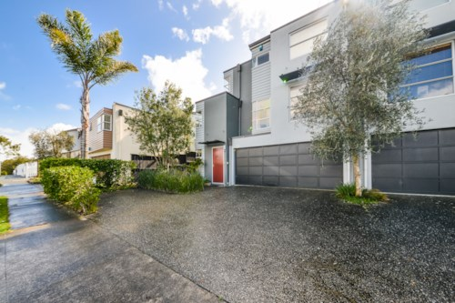 Glendowie, Stunning Townhouse, Property ID: 40001800 | Barfoot & Thompson