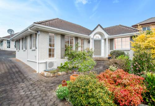 St Heliers, Perfect lock up and leave, or simply enjoy the luxury of living in the bays. , Property ID: 40001923 | Barfoot & Thompson