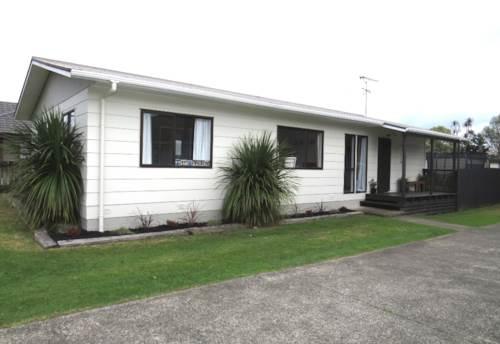 Pukekohe, HANDY LOCATION, Property ID: 46001060 | Barfoot & Thompson