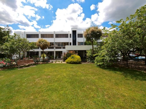 Pukekohe, CENTRALLY LOCATED APARTMENT, Property ID: 46001383 | Barfoot & Thompson