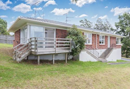 Glenfield, Sunny handy Unit., Property ID: 11000494 | Barfoot & Thompson