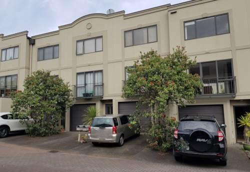 Birkenhead, Easy,Safe Apartment Living., Property ID: 11000534 | Barfoot & Thompson