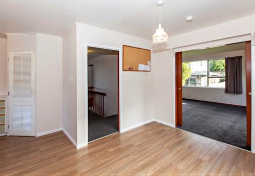 Onehunga, Freshly Painted With New Carpets , Property ID: 14000019   Barfoot & Thompson