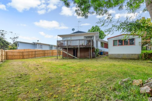 Bayview, Newly Renovated and insulated 3 bedroom home in Bayview, Property ID: 15000056   Barfoot & Thompson