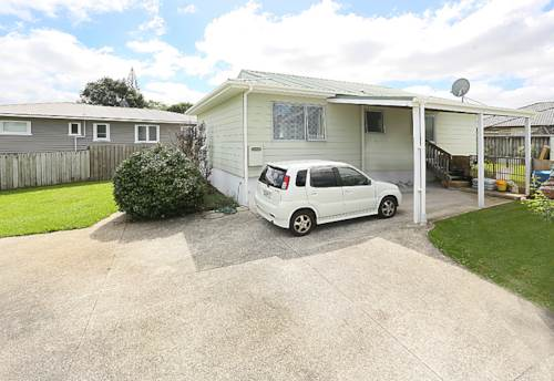 Te Atatu Peninsula, IF LOCATION MATTERS, Property ID: 16000055 | Barfoot & Thompson