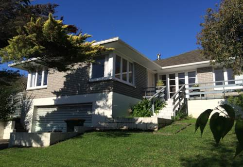 Howick, CLOSE TO SCHOOL, Property ID: 17000014 | Barfoot & Thompson