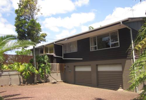 Browns Bay, Central Browns Bay, Seaviews close to shops and beach, Property ID: 19000024 | Barfoot & Thompson