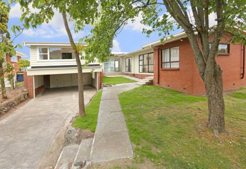 Te Atatu South, Multiple living options with water views, Property ID: 21000007 | Barfoot & Thompson