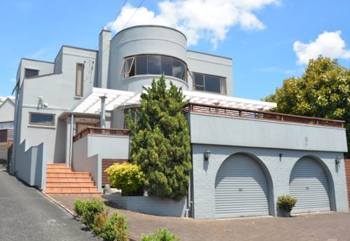 St Heliers, Minutes from the Beach, Property ID: 23000388 | Barfoot & Thompson