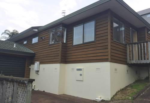 Avondale, 3 BEDROOM HOME SET BACK OFF THE STREET, Property ID: 24000051 | Barfoot & Thompson