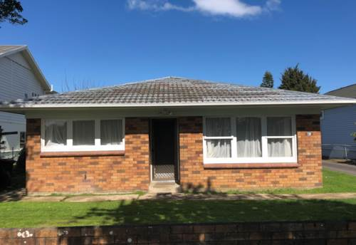 Mt Eden, Lovely brick & tile unit in good street., Property ID: 25000020 | Barfoot & Thompson