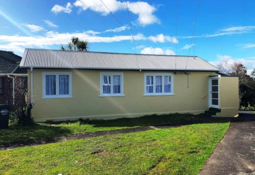 Mt Roskill South, Newly Renovated, self contained house!, Property ID: 26000154 | Barfoot & Thompson