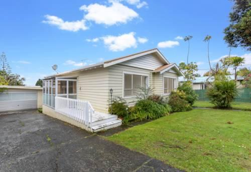 New Lynn, Bold and beautiful, Property ID: 27000066   Barfoot & Thompson