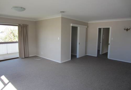 Greenlane, CONTEMPORARY - TRAIN - WATER INCLUDED, Property ID: 30001532 | Barfoot & Thompson